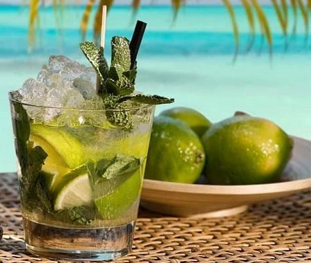 Какой алкоголь лучше не пить в жару?
